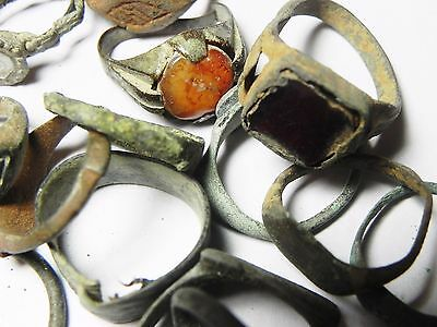 Zurqieh - Ancient Holy Land , Group Of 38 Ancient Bronze Rings 8