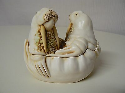 Harmony Kingdom TEA FOR TWO TJLWA Treasure Jest Retired Walrus Figurine Love