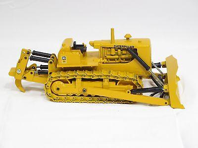 """/""""neuf/"""" en boite Conrad 1:50 Bulldozer CAT D9G avec ripper by Gescha"""