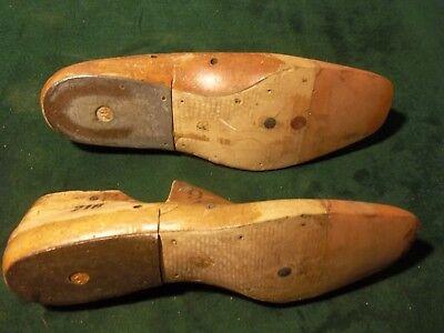 Pair VINTAGE Plastic Nylon Industrial Shoe Lasts Size 9 E Corey #216 JV   #976