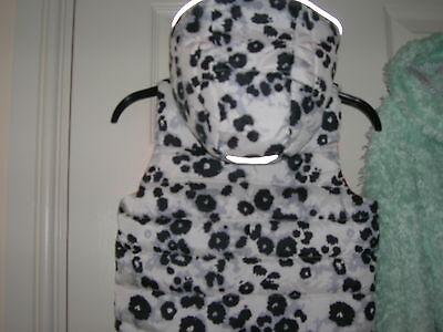 Sleeveless Jacket  for Girl 4-5 years H&M 2