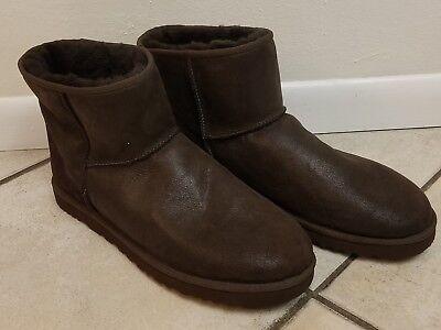 c6c2bce4179 UGG AUSTRALIA MEN'S Classic Mini Boots Brown Size 18 New euro 52