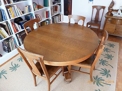 Antique Oak Pedestal Dining Table And 6 Hale Chairs 2