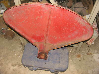 International IH Farmall Tractor Fender H M MD SMTA 300 350 400 450 2