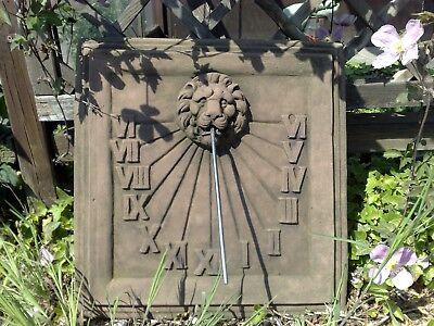 Sonnenuhr Platte Trauben Antik Sandstein Look Steinguß Wandbild C 04 ROT