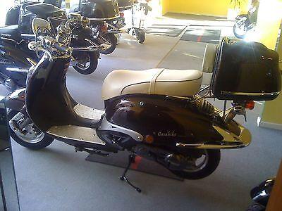 Rückenlehne Sissybar Sissy weiss Roller Motroroller Retro Scooter Roller