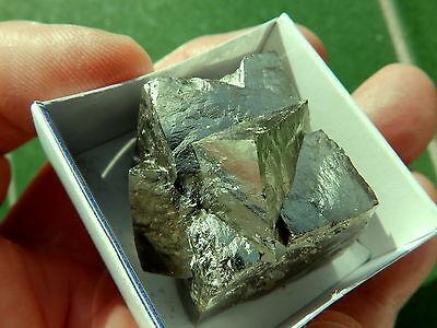 """Minerales """" Fantasticos Cubos Maclados Mina La Grona Navajun(La Rioja) - 4H15 """" 3"""
