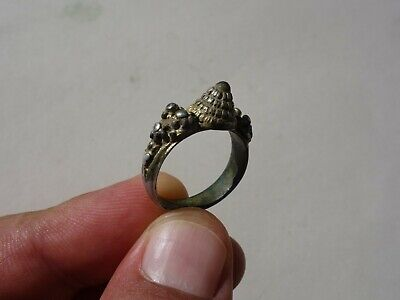 ancient Middle Ages silver - gilt ring, nicely filigree decorated 11