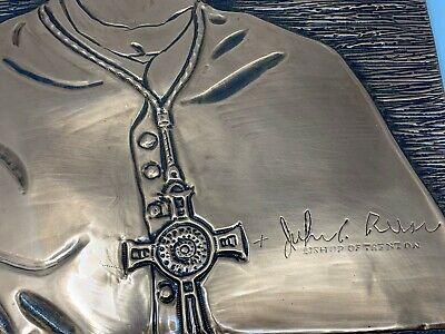 Vintage Trenton de Obispo John C. Reiss Hecho a Mano Cobre Tallado Pared Art 8