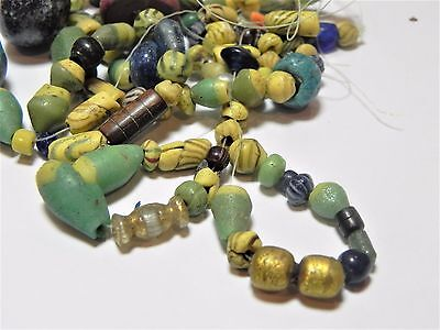 Zurqieh -Af1812-  Ancient Egypt. Lot Of Beads, Mostly Glass, Mostly Roman. 200 A 8