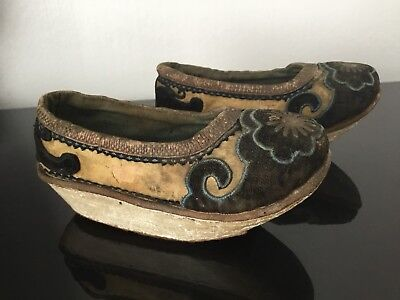 cafcca5f95d4e2 ... Antique Chinese Foot Binding Shoes Original Last 19thC Chaussures  Chinoises XIXè 5