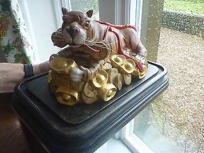 VINTAGE Chinese  Year Zodiac Wealth Cai Fierce Feral Tiger Statue carving 3