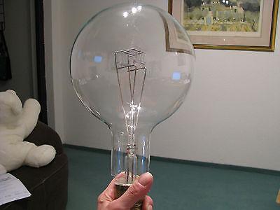 Gigantische Glühlampe Leuchtturm  2000 W Glühbirne 2000 Watt E 40