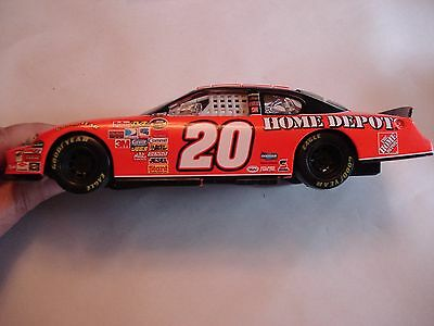 uk availability 5e8f6 bb986 ... Vintage NASCAR Tony Stewart  20 2007 Monte Carlo Home Depot, Metal Car 2