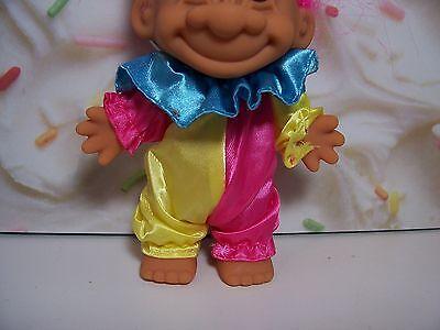 """NEW IN ORIGINAL WRAPPER 5/"""" Russ Troll Doll HAPPY BIRTHDAY CLOWN"""