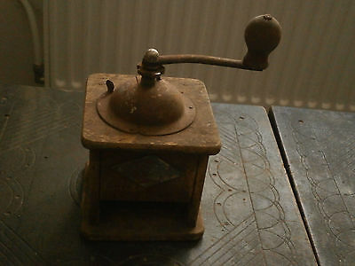 Old Rare Antique Wooden Crusher Grinder Mill 2