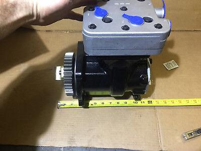 Air Compressor for CUMMINS ISX Kenworth,Peterbilt trucks Volvo,Intrenational
