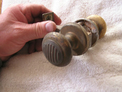 Vintage Set 2 Door Knobs with Rod 6