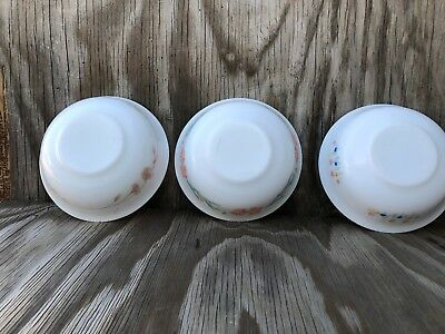Arcopal Dishes Milk Glass Soup, Cereal Or Salad Bowls Set Of 3 Different Desig 5