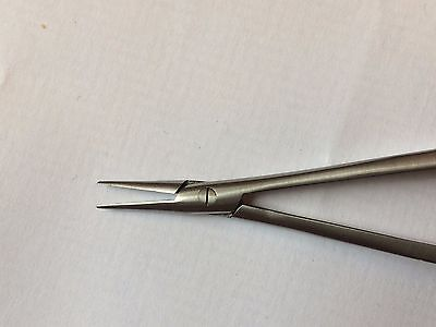 Micro Castroviejo Needle Holder Dental Surgical Instruments, 18cm. 2