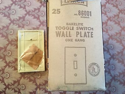 Vintage NEW OLD STOCK Bakelite Leviton Light Switch Plate Cover Toggle Ivory 4
