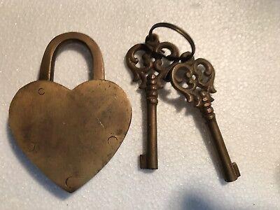 "HEART LOVE PADLOCK 3"" Vintage old stye 2 brass key lock engraved bridge heavy B 4"