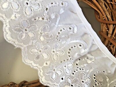 "3/""//70mm Quality Cotton Broderie Anglaise Gathered Lace Trim x 3 Metres"