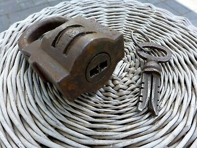 Antique Large Padlock With One Working Key Unique Made in Russia 27-01 2