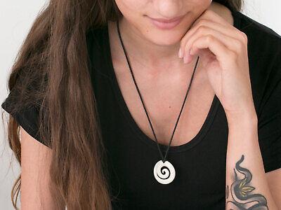Amulett  Kiwi Spirale Knochen Anhänger Band Handarbeit Maori Halskette Talisman