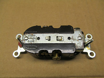 10 Nib Hubbell Hbl5242 5242 Receptacle Nema 5-15R 15A 125V 3W Brown(2 Available) 5