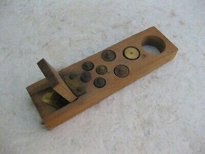 antigua caja de pesas pequeñas con micras 2