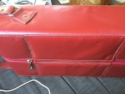 Red handled leatherette 2 wine bottle carrier Near new 38 x 18.5 x 9.5cm
