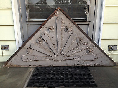Vintage - Victorian Gable Pediment - Large 2