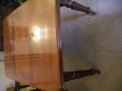 Victorian mahogany wind out dining table. Lovely patina 9