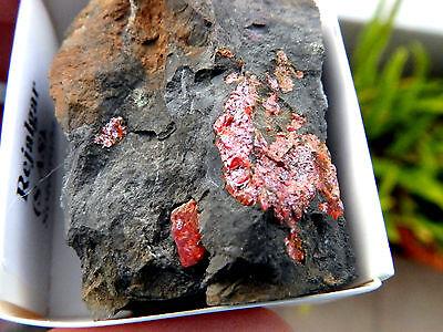 """Minerales """" Fantasticos Cristales De Rejalgar De Mina La Soterraña  -  10D15 """" 2"""