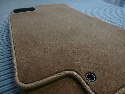 Lengenfelder Velours Fußmatten für Mercedes Benz W114 W115 //8 COGNAC RUTSCHFEST