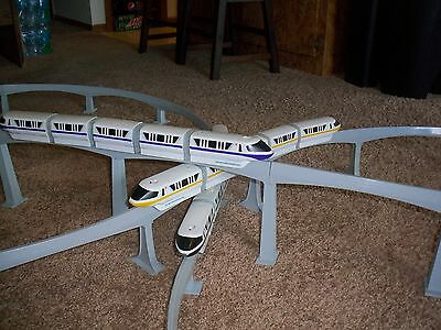 Graduated Support Columns (Piers) for Disney Toy Monorail Track Short Version