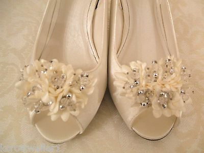 8c729c7ca9a ... Rrp £79 New Size 3 Paco Mena Ivory Corsage Jewel Slingback Mid Heel  Bridal Shoes