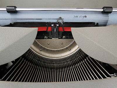 machine à écrire Remington CURIOSITY by PN 9