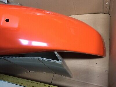 Kubota L39 RH Fender P/n 32781-47000 6