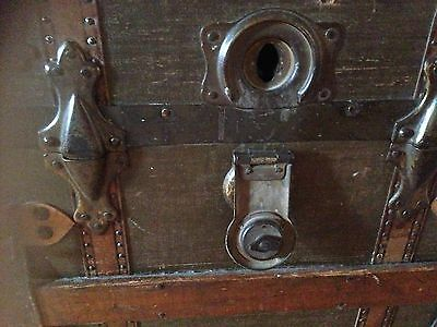 Antique Vintage Ships Trunk 19th Century, Collectable S S Friesland Ship 6