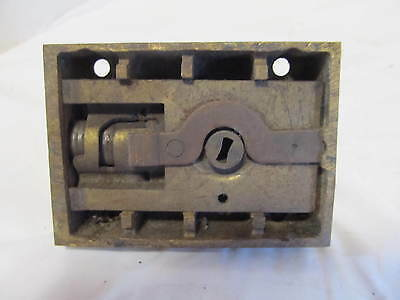 Vintage Brass YALE  Lock and Unique Knobless Finger Latch LQQK!! 2