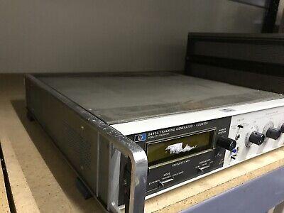 HP 8443 Tracking Generator . Counter Hewlett Packard ID-AWW-AWW-9-3-2 2
