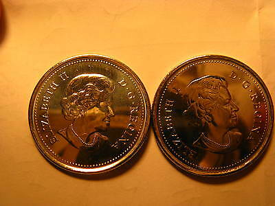 Canada Set Of 2  2015 25 Cent Coins Coloured & Plain 50 Years Of Canadian Flag. 2