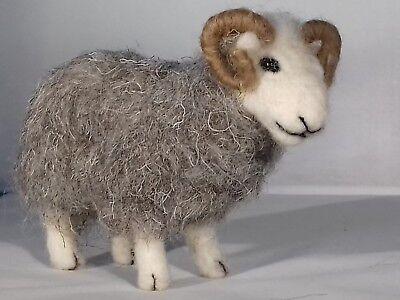 Herdwick British Rare Breeds sheep  needle felt kit  UNBOXED WULYDERMY 4