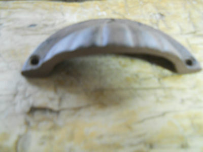2 Cast Iron Antique Victorian Style OVAL Drawer Pull, Barn Handle, Door Handles 3 • CAD $10.07