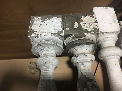 """c1900 Victorian chunky porch railing baluster spindles set of 4 - 20-24"""" h x 3"""" 2"""