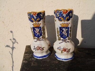 Ancienne paire de vases Desvres décor blason Saint -Brieuc