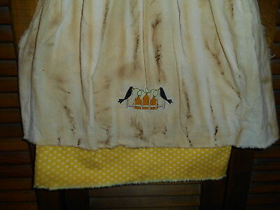 Fall,Grungy Primitive Wall Decor Dress BLACK CHECK W// APRON Crows and Berries