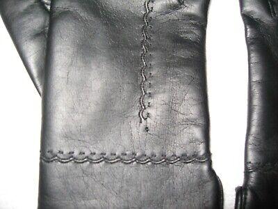 Pair Of Vintage Ladies Gloves Black With Warm Lining Nice Detail On Back 4